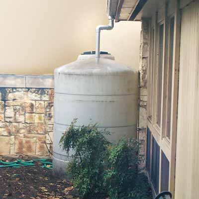 rainwater collection systems with water barrels