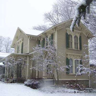 outdated victorian house exterior