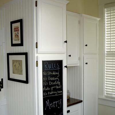 white cabinets with chalkboard paint