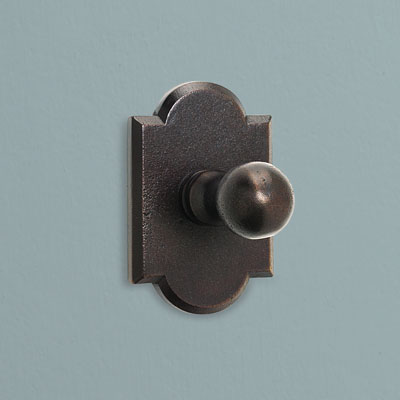 a patinated bronze colonial-style bath hook from Hamilton Sinkler