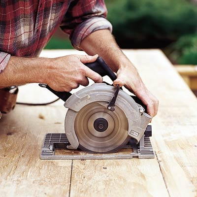 plunge cutting with a circular saw