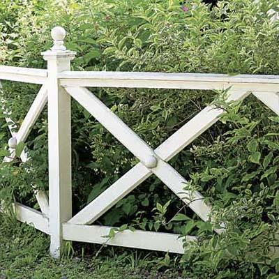 exampleof a crossbuck fence design