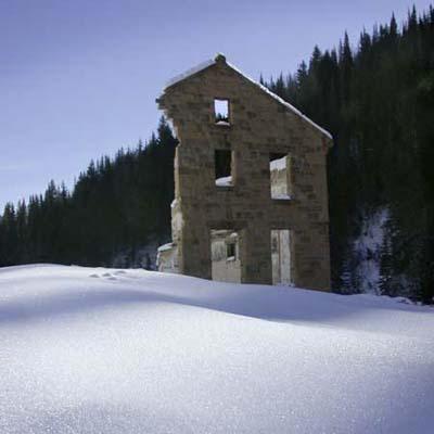 19th c. mining village ruin
