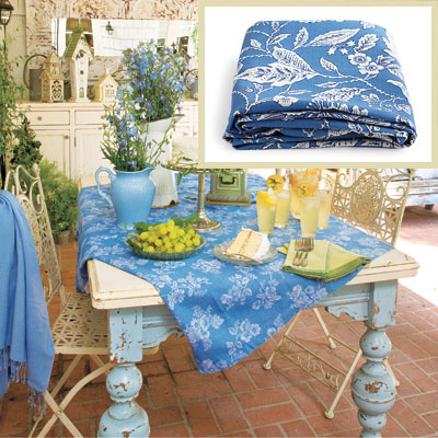 Outdoor patio dining room tablecloth