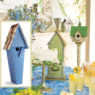 Outdoor patio dining room table with birdhouse