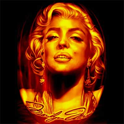 marilyn Monroe carved into a pumpkin