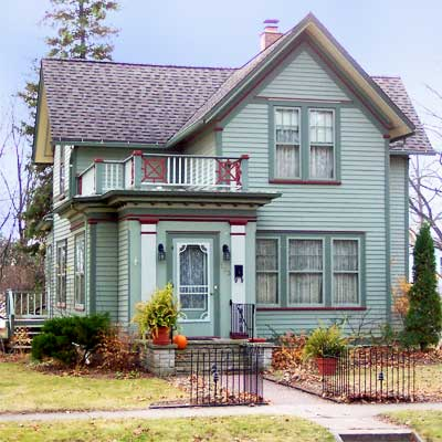 queen anne house in sturgeon bay wisconsin
