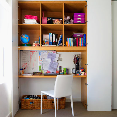 Hidden study station 27 inspirational homework areas and for Small space storage solutions for bedroom