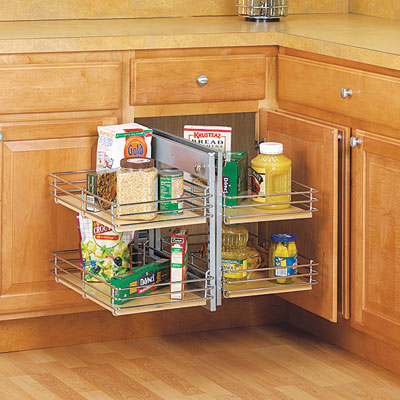 Blind cabinet corner in kitchen
