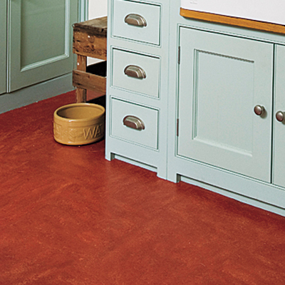 Linoleum floors in the kitchen