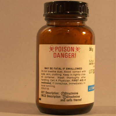 poisonous strychnine rodenticide