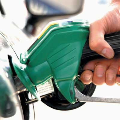 fill up gas tank hurricane irene prep
