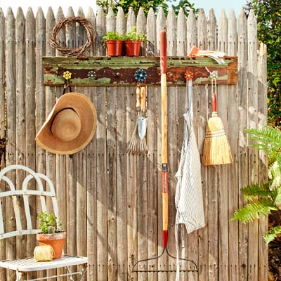 garden tool rack