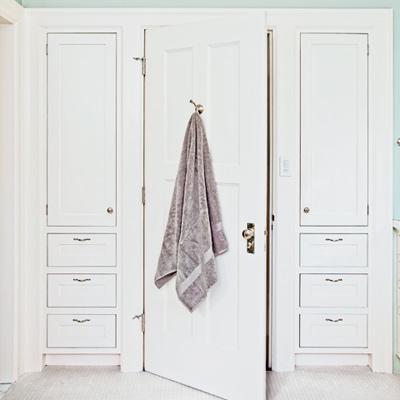 storage built-ins in bath