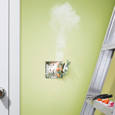 electrical outlet smoking and shooting out sparks