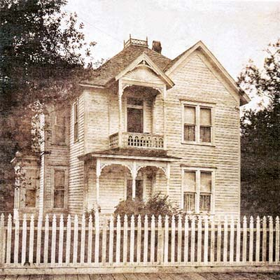 historic photo of Queen Anne house in Tillamook, Oregon for sale through Save This Old House