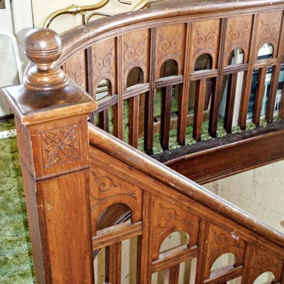 hand-carved oak staircase in Queen Anne house in Tillamook, Oregon for sale through Save This Old House