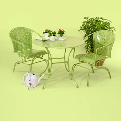lime green bistro set made of iron