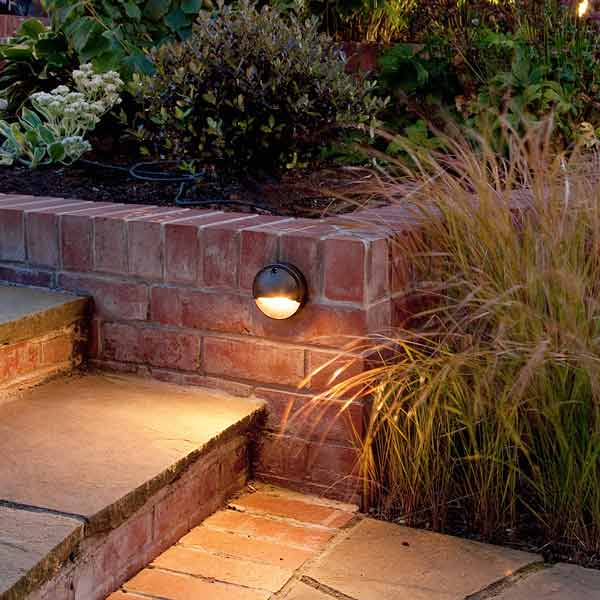 Outdoor Patio Brick Lights: All About Path Lighting