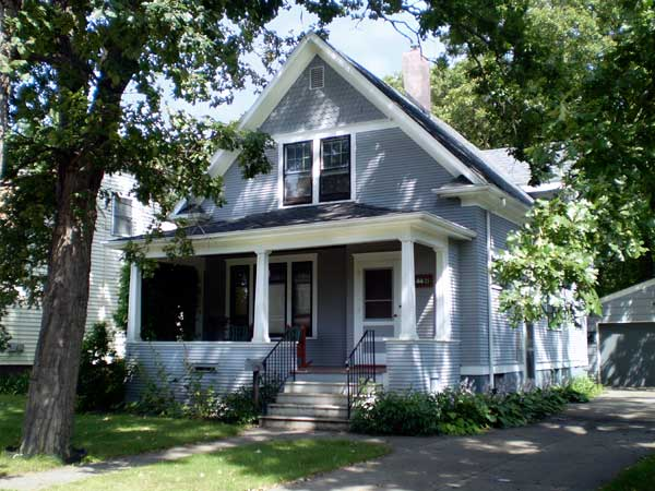 Oak Grove Residential District, Fargo, North Dakota for the This Old House 2013 Best Old House Neighborhoods