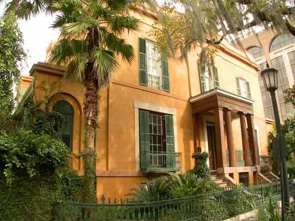 sorrel-weed house, savannah georgia, historic haunted houses