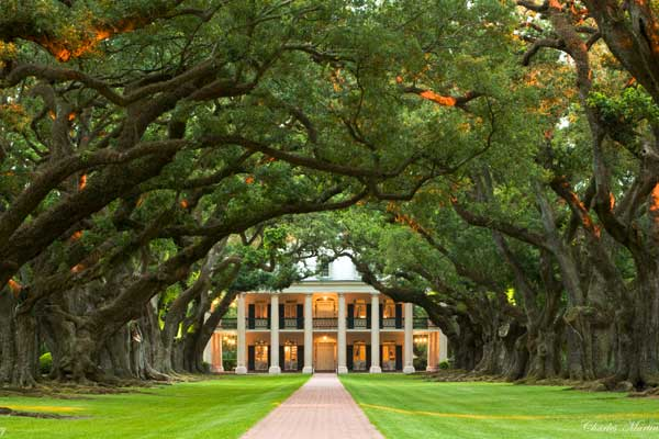 Oak Alley Plantation, vacherie louisiana, historic haunted houses