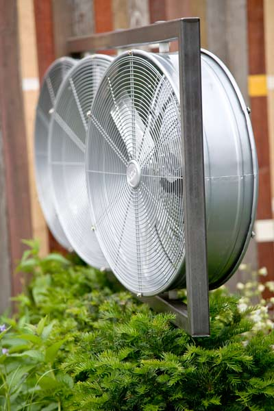 Electric Cooling Fan >> High-Velocity Blower Fan (from $30) | Beat the Heat Outdoors | This Old House