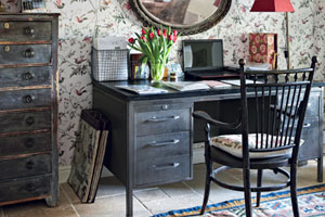 Quirky Cottage-Style Home Office
