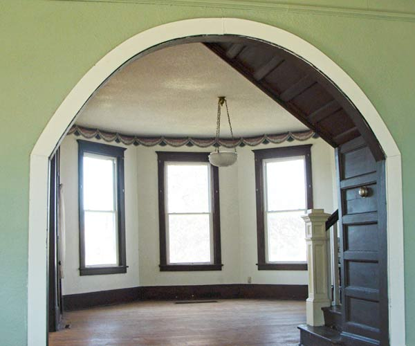 save this old house appleton city missouri queen anne interior arch in front parlor