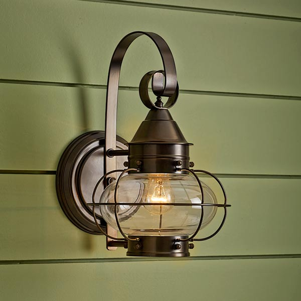 onion-style porch lantern of aluminum with bronze finish and clear glass globe