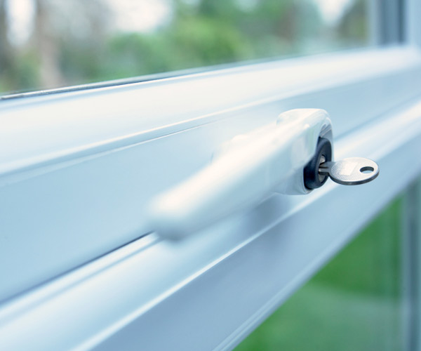 replace broken sash locks on windows, new years diy resolutions