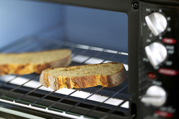 toast in toaster oven, new years diy resolutions