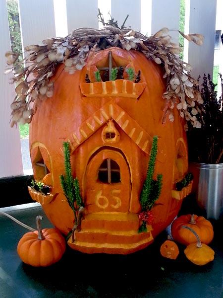 halloween pumpkin house by - photo #30
