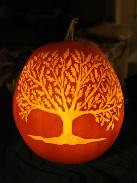 7 Oak Tree 2014 Pumpkin Carving Contest Winners This