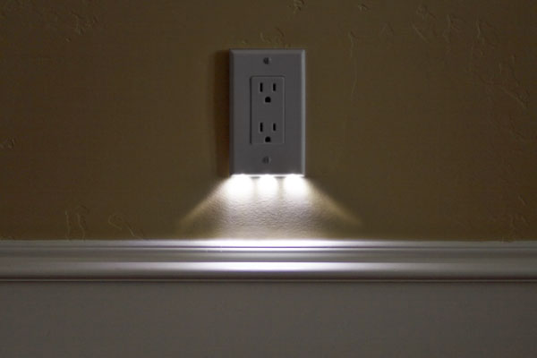outlet light