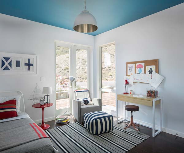 Bright And Bold Guest Bedroom: Prefab House Is TOH Home Of The Year