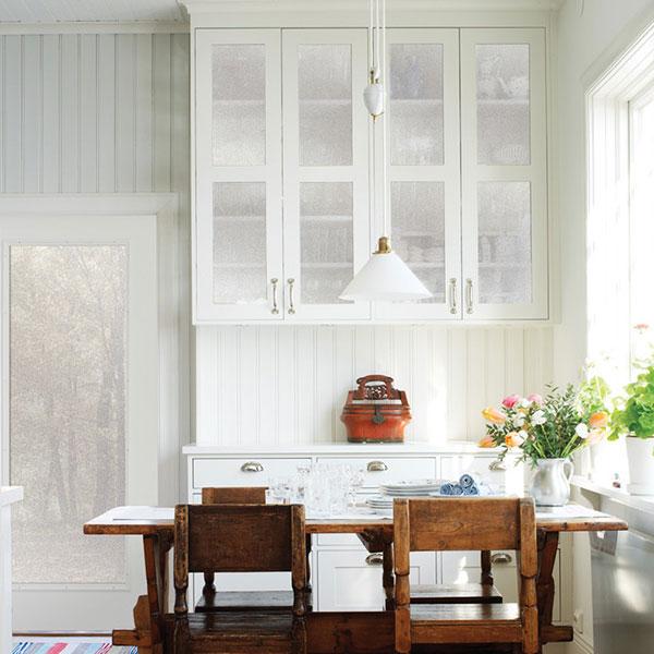 Kitchen Cabinet Appliques: Obscure Kitchen Cabinet Contents