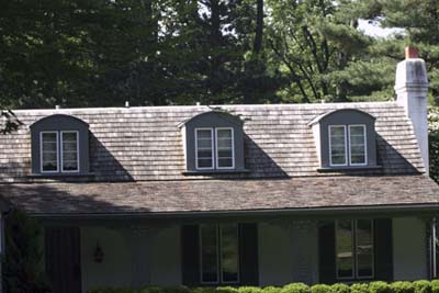 dormers with Vertical Lineup to the windows under it