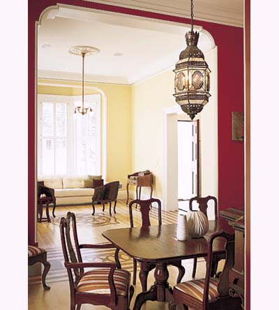 Italianate townhouse dining room