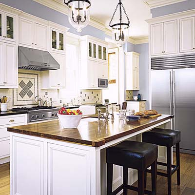 Italianate townhouse kitchen