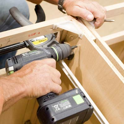 how to attach kitchen cabinets together 1
