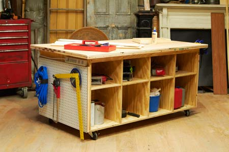 a finished tool bench
