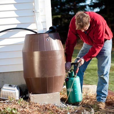 Roger Cook collects freshly brewed compost tea