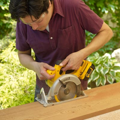 cutting a board's width with a circular saw
