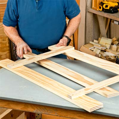 Install the Lower Cleat to build a wall-mounted coatrack