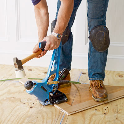 When installing hard wood floors useing a compressor will for Wood floor nails or staples