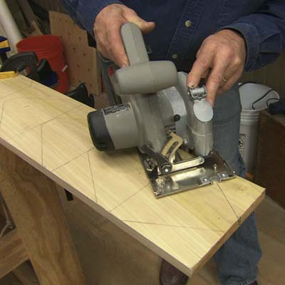circular saw, cutting, stilts