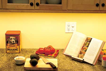 how to install under cabinet lighting plug in 2