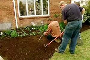 Roger Cook shows how to edge a garden